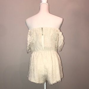 Cotton Candy Other - White lace style romper